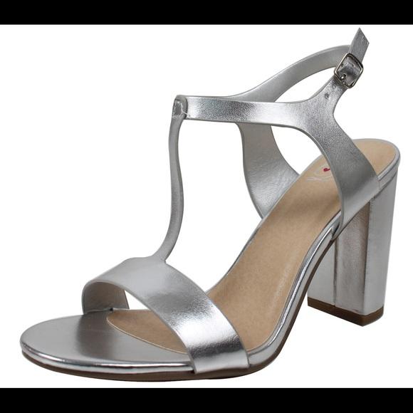 5d9be0d9522 Silver open toe T Strap Block Heel Sandal